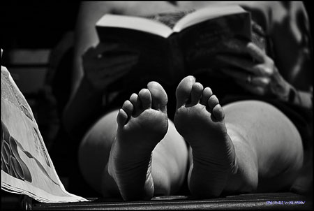 reading bare feet