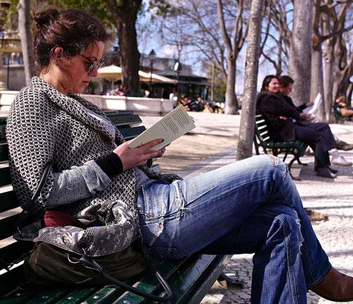 reading in Lisbon