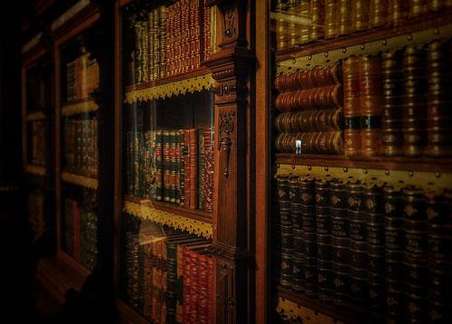 Romania - bookshelf